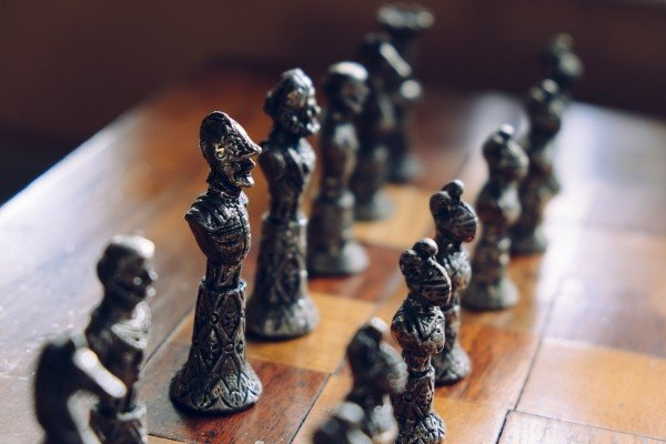 chess-figure-game