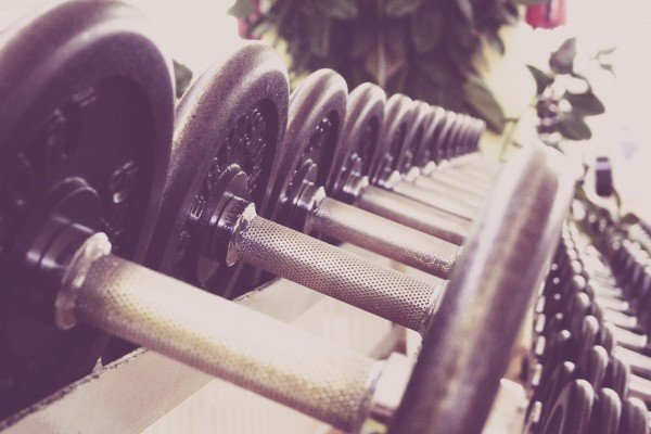 fitness-dumbbells-training-fitness-studio-studio
